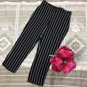 Black Label by Chico's Striped Crop Pants Size 00